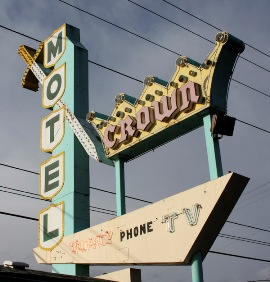 Photo: Historic sign at the Crown Motel, Portland, OR