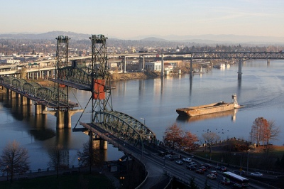 Photo by --b-- Barge on the Willamette River